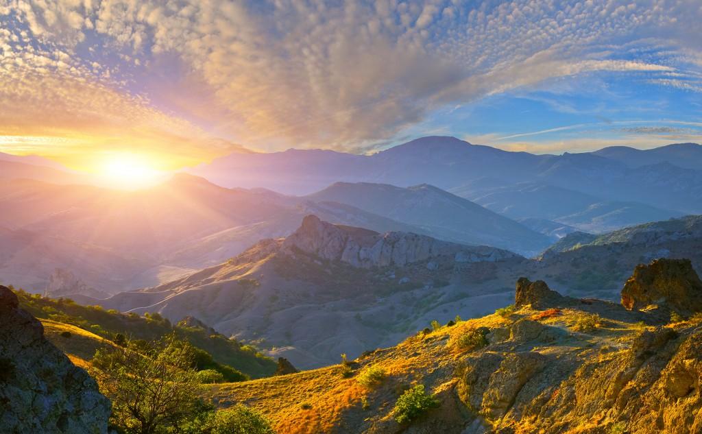 Bergballonfahrt Sonnenaufgang